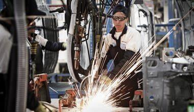 Photo of Los sectores más afectados. Dos de cada tres fábricas tuvo problemas para operar en abril