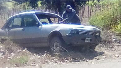 Photo of Caucete: perdió el control de su vehículo, impactó contra un pilar y volcó en un zanjón