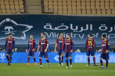 Photo of Barcelona: la falta de liderazgo deja sin rumbo al equipo tras la eliminación de la Supercopa de España