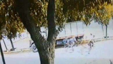 Photo of Indignación en Caucete: un ciclista atropelló a una mujer, la dejó abandonada y huyó