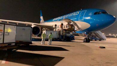Photo of Llegó al país el vuelo con las 904 mil vacunas desde China