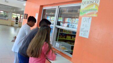 Photo of Habilitaron los kioscos dentro de los establecimientos educativos